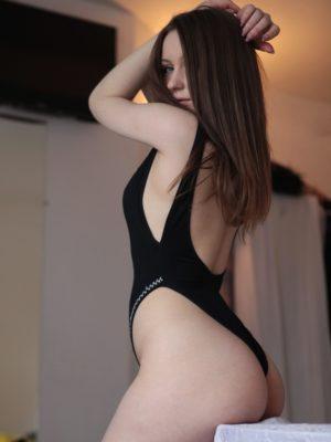 נערות ליווי | חיפה, קריות והצפון | קסניה-בחורה בת 23 עם גוף מחוטב בחיפה